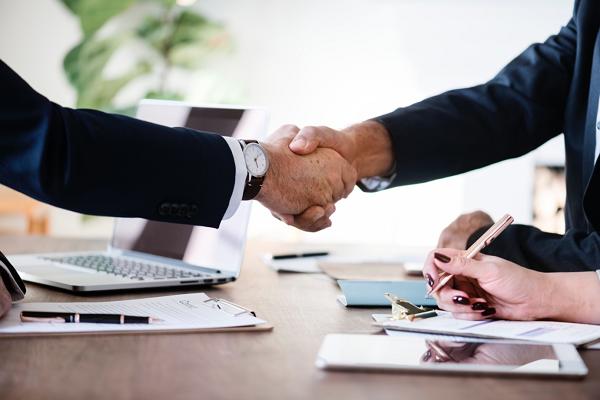 Warren Buffett says the key to good partnerships is trust