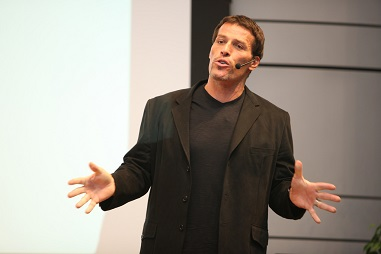 Get richer quicker – 3 valuable lessons from Tony Robbins' Unshakeable